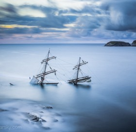 "the wreck of a tall ship ""astrid"""