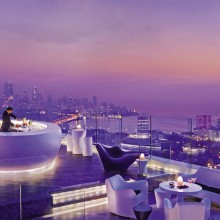 rooftop bar in mumbai, india