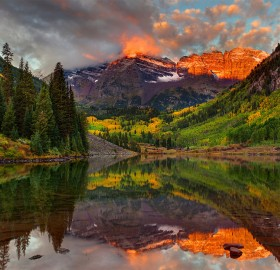 maroon bells in aspen, colorado