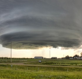 supercell over nebraska that later spawned three tornadoes