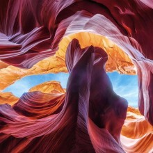 amazing contours of antelope canyon