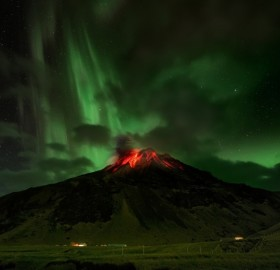 eyjafjallajokull volcano under aurora borealis, iceland
