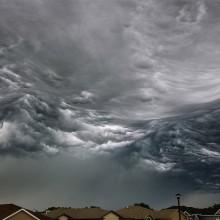 when sky looks like ocean waves
