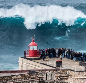 Giant Wave, Nazare, Portugal