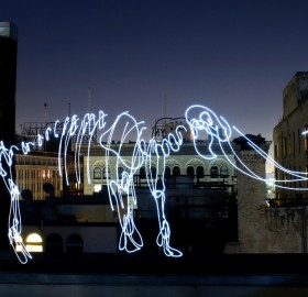 light graffiti – mythical mammoth
