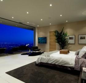 awe-inspiring bedroom view