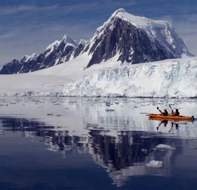 kayaking glacier bay alaska