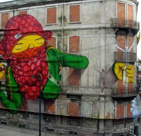 lisbon street art photo
