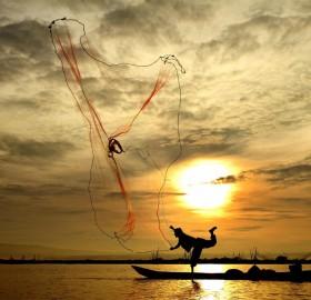 throwing net fishing