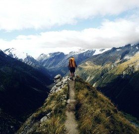 hitchhiking through new zealand