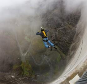 base jumping, switzerland