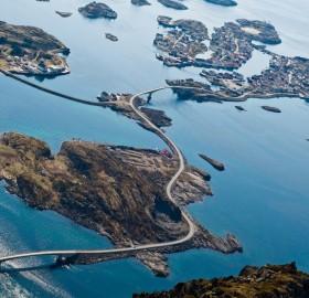 norway`s atlantic ocean road