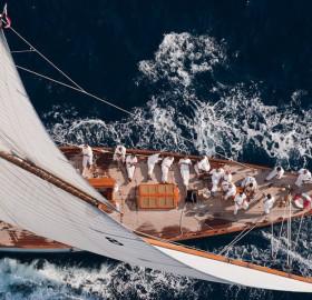 sailing regatta team
