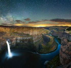 lightning and stars over palouse falls, washington
