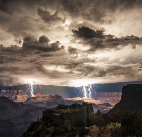 How To Photograph Thunders