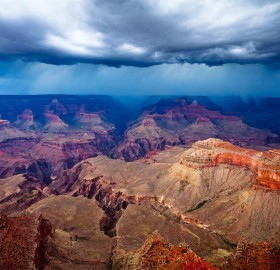 storm approaching grand canyon