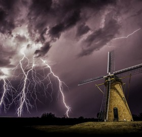 storm over holland