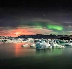 northern lights and eruption of bardarbunga volcano, iceland