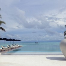 senses pool at lux maldives resort