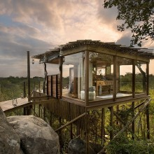 tree house bathroom, south africa