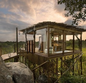 tree house bathroom, south africa