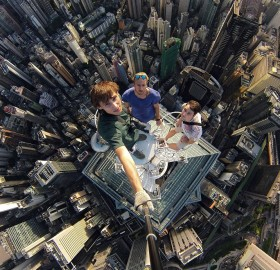 Crazy Selfie Taken on Hong Kong's Skyscraper Roof