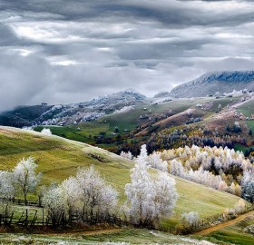 Winter is Coming, Romania