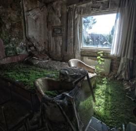 Abandoned Hotel Room, Columbia