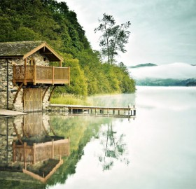 Lake House In Japan