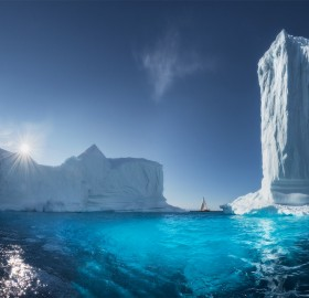 Giant Icebergs Of Greenland