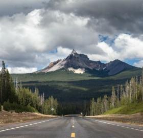 Road To Mount  Thielsen, Oregon